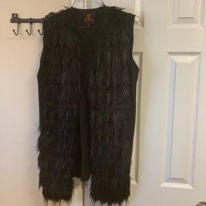 BEAUTIFUL Adrienne Landau faux fur vest